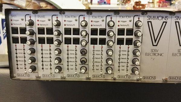 Simmons SDS-V analogue drum brain