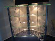 Glas-Fernsehtisch mit Beleuchtung