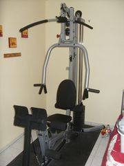 Kraft- Fitnessstation Body-Solid Powerline BSG10X