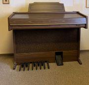 elektrische Orgel der Marke Hohner