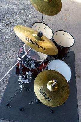 Drumset Natal Arcadia Birch wie: Kleinanzeigen aus Mötzingen - Rubrik Drums, Percussion, Orff