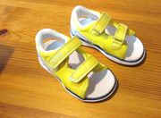 NEUE gelbe Sandalen Größe 22