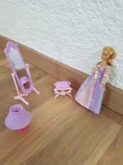 Barbie Rapunzel mit Möbel Spiegel