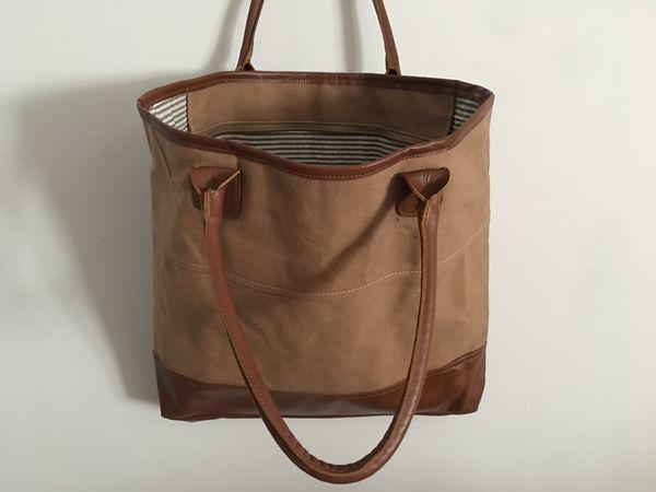 Shoulderbag aus Leinen Leder