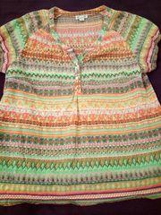 Schickes Blusenshirt mit modischen Allover-Print