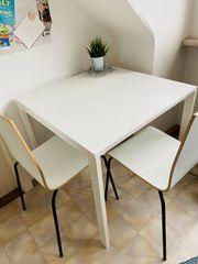 Kleiner Tisch mit Stühlen Ikea