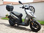 Motorroller Piaggio TPH 125 4