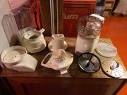 Küchenmaschine mit Häcksler und Entsafter