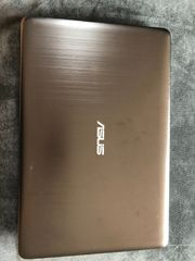 Asus Laptop nagelneu im Top
