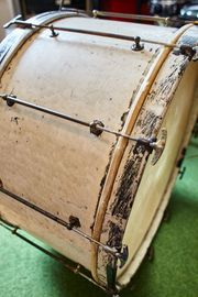 LEEDY Bass Drum 28 x14