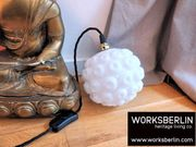 Weiße Bodenlampe Aufstelllampe aus Glas -