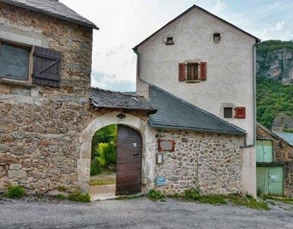 IL Privatverkauf Haus Trèves Languedoc-Roussillon