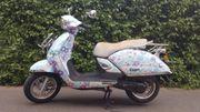 Roller Tauris Capri Blumen 50cc