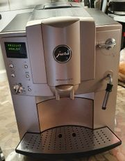 Kaffeevollautomaten von Jura Farbe Champagner