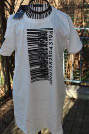 neue mit Schild cremefarbenes T-Shirt