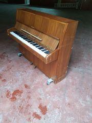 Biete gebrauchtes Klavier