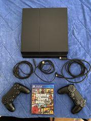PlayStation 4 mit 2 Kontrollern