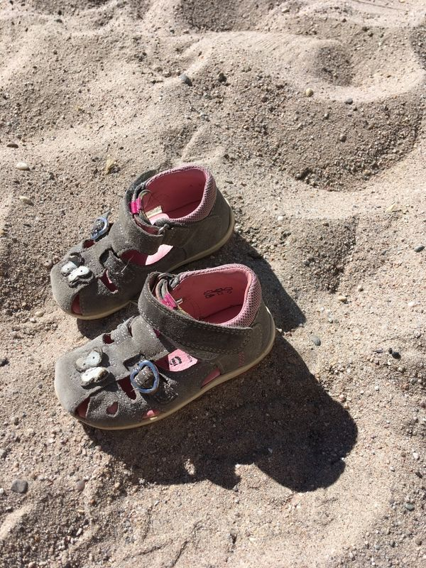 Verkaufe Schuhe Größe 22