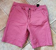 Herren Shorts im Chino-Look
