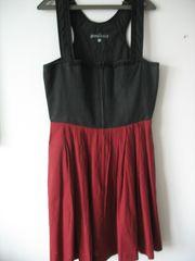 Knielanges Trachten-Kleid neuwertig Größe 40
