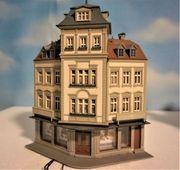 H0 Kibri Stadthaus Eckhaus mit