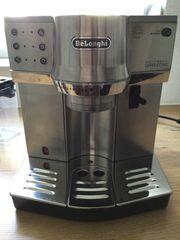 Kaffee-Siebträgermaschine DéLonghi