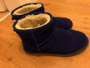 Blaue Boots Winterschuhe