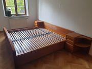 Kirschbaum Schlafzimmer mit Doppelbett 2