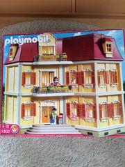 Playmobil großes Einfamilienhaus mit Komplettausstattung