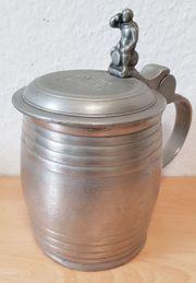 Antike Bierkrug Zinnkrug weit über