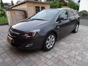 Opel Astra-J Sports Tourer Innovation
