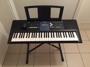 Keyboard Yamaha YPT-330 Einsteigermodel mit