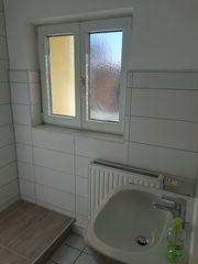 Schöne Etagen-Wohnung 3- Zimmer 84