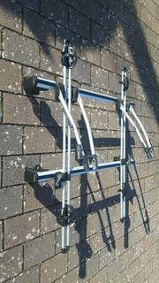 Dachgrundträger mit THULE - Fahrradträger