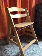 Kinderhochstuhl aus Holz- verstellbar