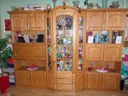 Neuwertiger Wohnzimmerschrank tolle Qualität Farbe