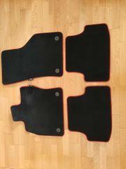 Original Fußmatten für Leon Fr