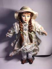 Porzellan Puppe mit Leder Schuhen