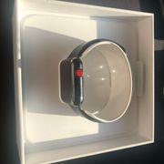 Apple Watch Series 3 - Edelstahl -