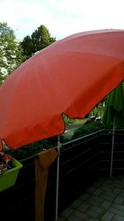 Sonnenschirm in orange