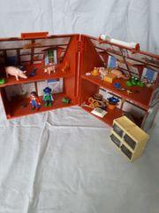 Verkaufe einen tollen Playmobil Bauernhof