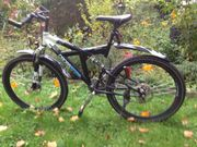 Mountainbike Fully schwarz