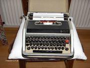 Olivetti Reiseschreibmaschine