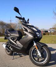 Yamaha AEROX NS50 Naked Roller