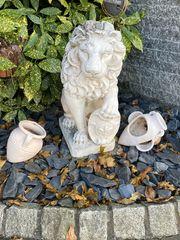 Gartenskulptur Löwe