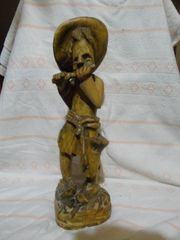holz figur musikant