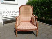 Massiver handgeschnitzter Stuhl aus Spanien