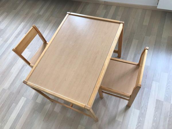 Kindersitzgruppe Tisch mit 2 Stühlen