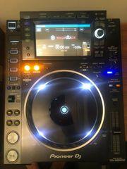 Pioneer CDJ 2000 NXS2 mit