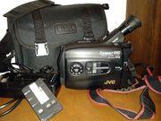 JVC Videocamera GR-AX200